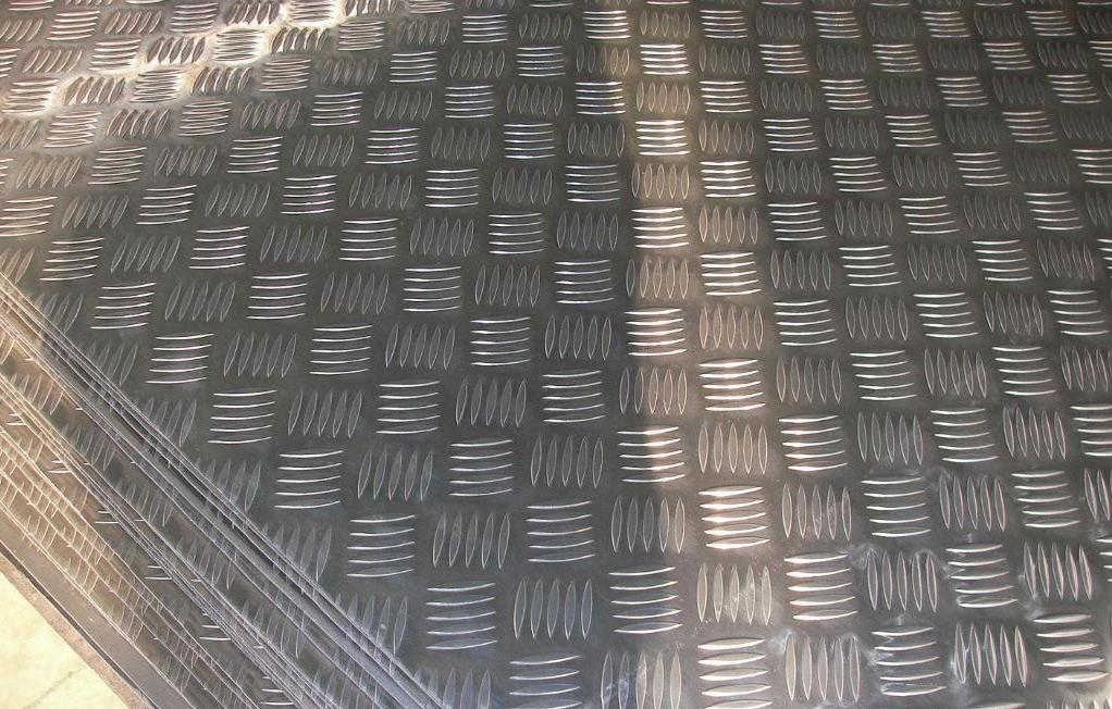 防滑铝板 厚度1.5-5.0毫米